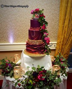Wedding cake for Siobhán and Mark by Cakes by Deborah - http://cakesdecor.com/cakes/298606-wedding-cake-for-siobhan-and-mark