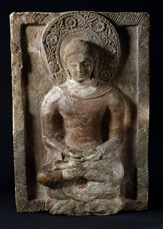 5th-6th century, Pakistan, from the Kahu-jo Daro stupa, Shakyamuni, terracotta, at the Victoria & Albert Museum in London (UK).  https://himalayanbuddhistart.wordpress.com/category/all/gandhara-culture/other-materials/