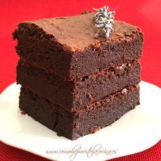 Fudge Brownies, Chocolate Brownies, Vegan Junk Food, Vegan Baby, Tasty, Yummy Food, Vegan Smoothies, Vegan Sweets, Brownie Recipes