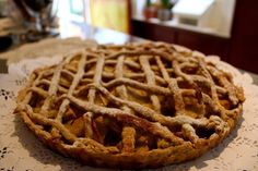 Nuestra receta antigua número 81 Apfelkrokantkuchen. Duró 6 minutos en la tienda :-). #recetasantiguas #omigretchen #valdiviacl #reposteríaalemana