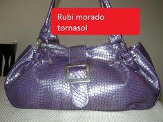 Si lo que te gusta es lo diferente esta bolsa esta genial.. a poco no?
