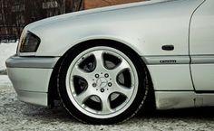 BENZTUNING: Mercedes-Benz C-Class W202 on R18 Alibero rims