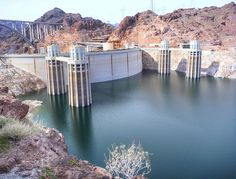 Hoover Dam, looks like something from sci-fi for some reason, I LOVE IT!!! :D