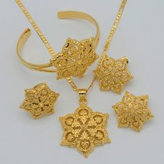 Details about Flower Wedding Earrings Set Gold Plated Ne.- Details about Flower Wedding Earrings Set Gold Plated Necklace Bracelet African Arabic - Gold Earrings Designs, Gold Jewellery Design, Necklace Designs, Gold Jewelry, Star Jewelry, Jewelry Sets, Women Jewelry, Jewelry Making, Jewelry Accessories