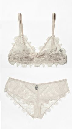 Cos lace bra and knicker set (I have this in navy blue..!)