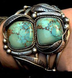 Best Navajo Bracelet Great Natural Turquoise 109.9grams, Elaborate Fine Leafwork