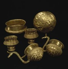 The hoard of six gold bowls from  Borgbjerg.