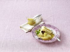 Unser beliebtes Rezept für Duftkuchen und Birnen (Leserrezept) und mehr als 55.000 weitere kostenlose Rezepte auf LECKER.de.