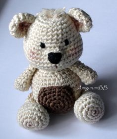 Mesmerizing Crochet an Amigurumi Rabbit Ideas. Lovely Crochet an Amigurumi Rabbit Ideas. Crochet Gratis, Crochet Bear, Crochet Patterns Amigurumi, Cute Crochet, Amigurumi Doll, Crochet For Kids, Crochet Animals, Crochet Dolls, Knitting Patterns