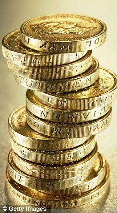 ^^Check out the webpage to learn more about gold and silver prices. Click the link to read more Viewing the website is worth your time. Bullion Coins, Gold Bullion, Mode Pirate, Make Money Online, How To Make Money, Gold And Silver Prices, Or Noir, Gold Money, Gold Aesthetic