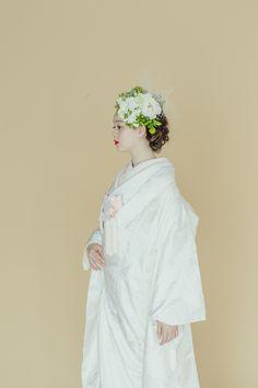 Wedding Kimono, Wedding Dresses, Hair Upstyles, Japanese Kimono, Bridal Hair, Wedding Hairstyles, Wedding Photos, Marriage, Bride