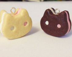 Steven Universe Cookie Cat Polymer Clay Charm by on Etsy Fimo Kawaii, Polymer Clay Kawaii, Polymer Clay Charms, Steven Universe Cookie Cat, Polymer Clay Miniatures, Polymer Clay Creations, Geek Mode, Cute Clay, Clay Figures