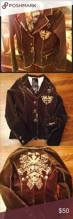Miss me blazer Size small. Runs small. Vintage distressed look. Color is chocolate brown. No trades Miss Me Jackets & Coats Blazers