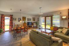 Naplňte vašu obývačku svetlom. Interiér s veľkými oknami pôsobí priestranne a vzdušne. #rodinnydom #stavba #svojpomocne #stavebnymaterial #ytong #zdravebyvanie #vysnivanydom #modernydom #staviamedom #ytong #byvanie #rodinnebyvanie #modernydomov #architektura #interier #dizajninterieru #obyvaciaizba #obyvacka #relax #novostavba Table, Furniture, Home Decor, Decoration Home, Room Decor, Tables, Home Furnishings, Home Interior Design, Desk