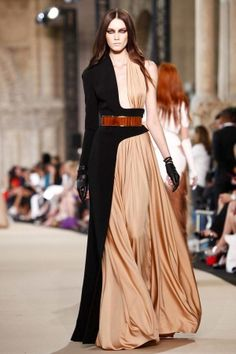 """Stephane Rolland Fall Winter Couture 2012 Paris    There is something very theatrical about this guy's designs. I see a """"Dr Faustus"""", primarily the seven deadly sins, dressed in the elegant, flowy yet very strong pieces. Not surprised at all to learn that Mr Rolland is a costume designer too."""