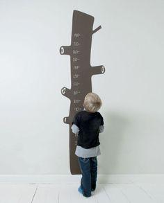 wallstickers - børn - træstamme - højdemåler