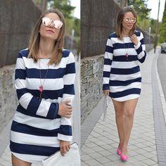 No os perdais el #look  de hoy #navy y #pink #stripes #rayas #streetfashion #streetstyle #outfit #outfitoftheday @sheinside_official #eltrasterodecris #sheinside by eltrasterodecris