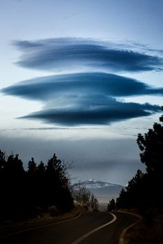 Lenticular clouds                                                                                                                                                     More