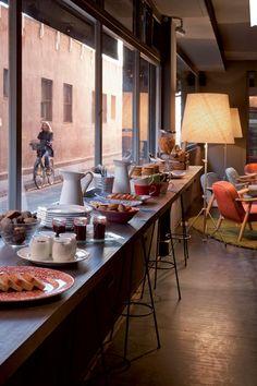 Chic & Basic Ramblas Hotel, Barcelona morning breakfast on the house