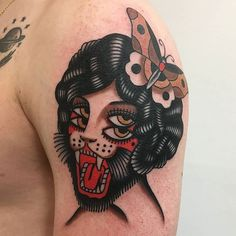 oldschool By chriscollinstattoo Traditional Tattoo Skull, Traditional Tattoo Flowers, Traditional Tattoo Old School, American Traditional Tattoos, Traditional Tattoo Animals, Old School Tattoo Motive, Old School Tattoo Designs, Leg Tattoos, Body Art Tattoos