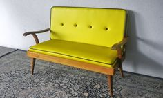 MID CENTURY MODERN SOFAS AND ARMCHAIRS AS VINTAGE INTERIORS | Second Charm