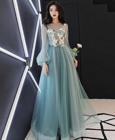 Prom Dresses Ball Gown, Green tulle lace applique long prom dress, green evening dress, from the ever-popular high-low prom dresses, to fun and flirty short prom dresses and elegant long prom gowns. Evening Dresses With Sleeves, Blue Evening Dresses, Dress Sleeves, Evening Gowns, Elegant Dresses, Pretty Dresses, Formal Dresses, Long Dresses, Classy Gowns
