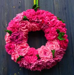 MADE TO ORDER felted wool flower wreath, handmade ornament, decoration, spring, summer, handmade, felted art to wear op Etsy, 98,09€