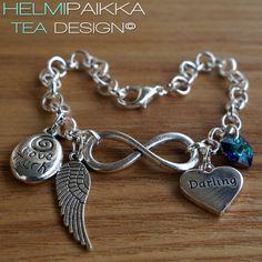 Infinity amuleteilla Darling sydänamuletilla ja bermudansinisellä Swarovskilla <3 Osta omaksi tai lahjaksi täältä: http://www.helmipaikka.fi/tuotteet.html?id=20641/3335
