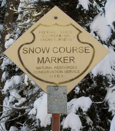 Snow course marker sign by USDAgov, via Flickr