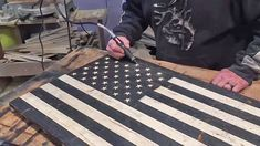 You Can Make This Antiqued Wood American Flag In 5 Easy Steps American Flag Crafts, American Flag Banner, American Flag Wall Art, Rustic Wooden American Flag, Hot Dog Bar, Flag Painting, Wood Flag, How To Antique Wood, Patriotic Crafts