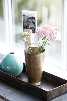 This beautiful drop shaped, mint green vase has a lovely cracked effect. Shop Cracked Effect Mint Green Clay Vase at Posh Totty Designs. House Doctor, Scandinavian Style Home, Copper Decor, Clay Vase, Vase Centerpieces, Kitchen Fixtures, Decoration, Interior Inspiration, Interior Ideas