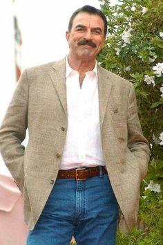 Tom Selleck - quite the man. Robert Redford, Tv Actors, Actors & Actresses, Tom Selleck Blue Bloods, Gorgeous Men, Beautiful People, Blue Bloods Tv Show, Jesse Stone, Sam Elliott