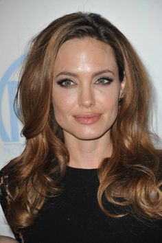 Angelina+Jolie+caramel+highlights