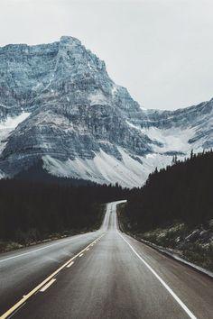 blazepress:Miles of mountain.
