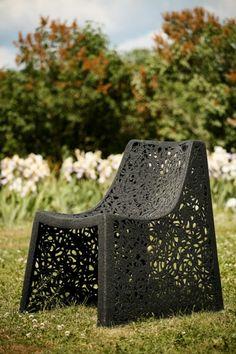 Krzesło Basic jest znakomitym rozwiązaniem do kawiarni, restauracji, hoteli jako unikatowe wyposażenie wnętrza lub tarasu