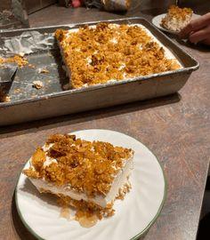 No-Bake Pineapple Cream Dessert Layered Desserts, Great Desserts, Summer Desserts, No Bake Desserts, Delicious Desserts, Dessert Recipes, Jello Desserts, Frozen Desserts, Dessert Ideas