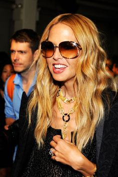 Rachel Zoe: love glasses, love hair