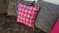 Virkkuumania: Virkkurin kuosikalenteri - marraskuu - virkattu ty... Throw Pillows, Toss Pillows, Decorative Pillows, Decor Pillows, Scatter Cushions