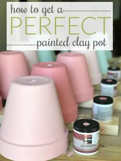 Hot to paint terra cotta pots tips and tutorial! Hot to paint terra cotta pots tips and tutorial! Clay Pot Projects, Clay Pot Crafts, Crafts To Make, Diy Projects, Diy Crafts, Shell Crafts, Stick Crafts, Painted Clay Pots, Painted Flower Pots