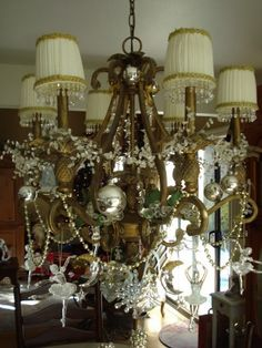 Christmas-Chandelier-Decorations-for-2012_16