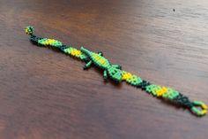 Beautiful handmade Mexican Huichol bracelet by OjoDeVenado on Etsy