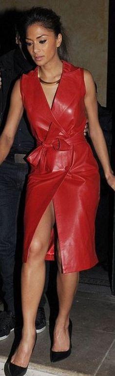 Nicole Scherzinger: Dress – Persey  Shoes – Kurt Geiger
