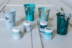 Learn how to How To Blend Paint To Create An Ombré Effect with Fusion Mineral Paint. This trendy paint technique is easier than it appears! Funky Painted Furniture, Distressed Furniture, Colorful Furniture, Paint Furniture, Decoupage Furniture, Refinished Furniture, Furniture Refinishing, Diy Furniture Renovation, Diy Pallet Furniture