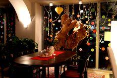 Das Café mit Ausblick auf die Lavant. Berührend dargestellt auf dem Bild. Fotografin: Elisabeta Mirion. Home Decor, Romanesque, Old Town, Vacations, Homes, Pictures, Interior Design, Home Interior Design, Home Decoration