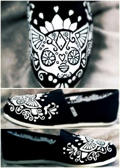 Hey, I found this really awesome Etsy listing at https://www.etsy.com/listing/182242545/chihuahua-sugar-skull-hand-painted-toms