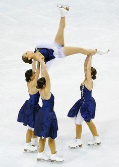 2013 ISU World Synchronized Skating Championships - Pictures - Zimbio