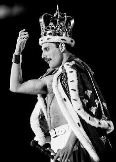 Freddie Mercury Queen 3 photos set on Mercari - - 3 Different Freddie Mercury photos. size All photos are professionally printed on the very finest Kodak glossy paper. Queen Freddie Mercury, Freddie Mercury Tattoo, John Deacon, Freedy Mercury, Freddie Mercuri, Rock And Roll, Lynn Goldsmith, Queen Aesthetic, King Of Queens