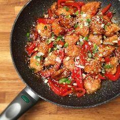 Édes-savanyú csirkemell falatkák