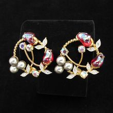 Pretty Vintage Feminine Faux Pearl Crystal and Siam Glass Earrings from Vintage Jewelry Girl!  #vintageearrings #vintagejewelry