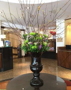 Fresh spring flowers brightening up the lobby on this sunny day! ☼ - at the London Marriott Hotel Regents Park